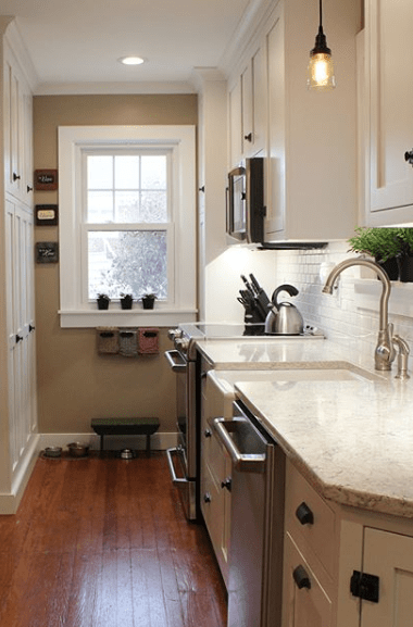 Creation Cabinetry provides kitchen remodeling and kitchen cabinets customized to your needs.